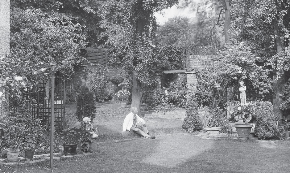 Gilbert Bayes in the garden, 1932